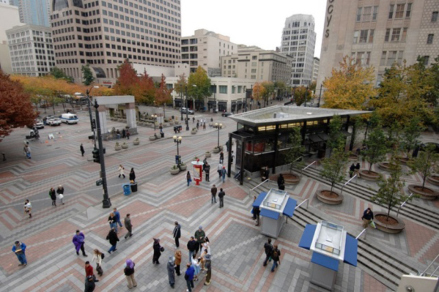 Westlake Park in all its civic splendor, pre-privatization. Photo courtesy City of Seattle